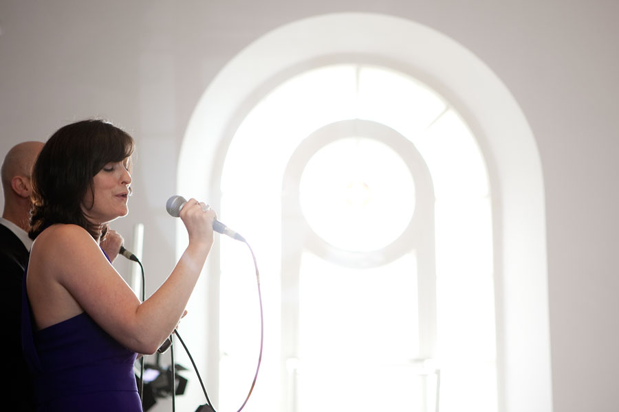 Brighton Unitarian church lady singing for civil wedding ceremony